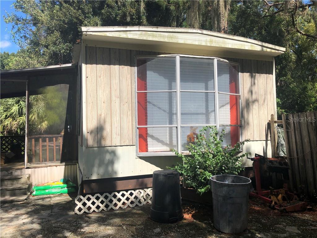 6065 Lake Avenue Property Photo