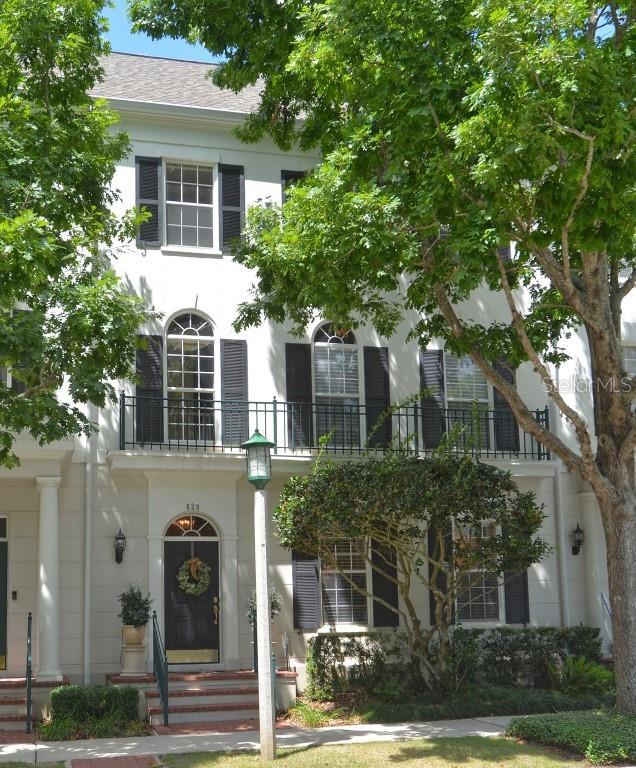 520 Longmeadow Street Property Photo