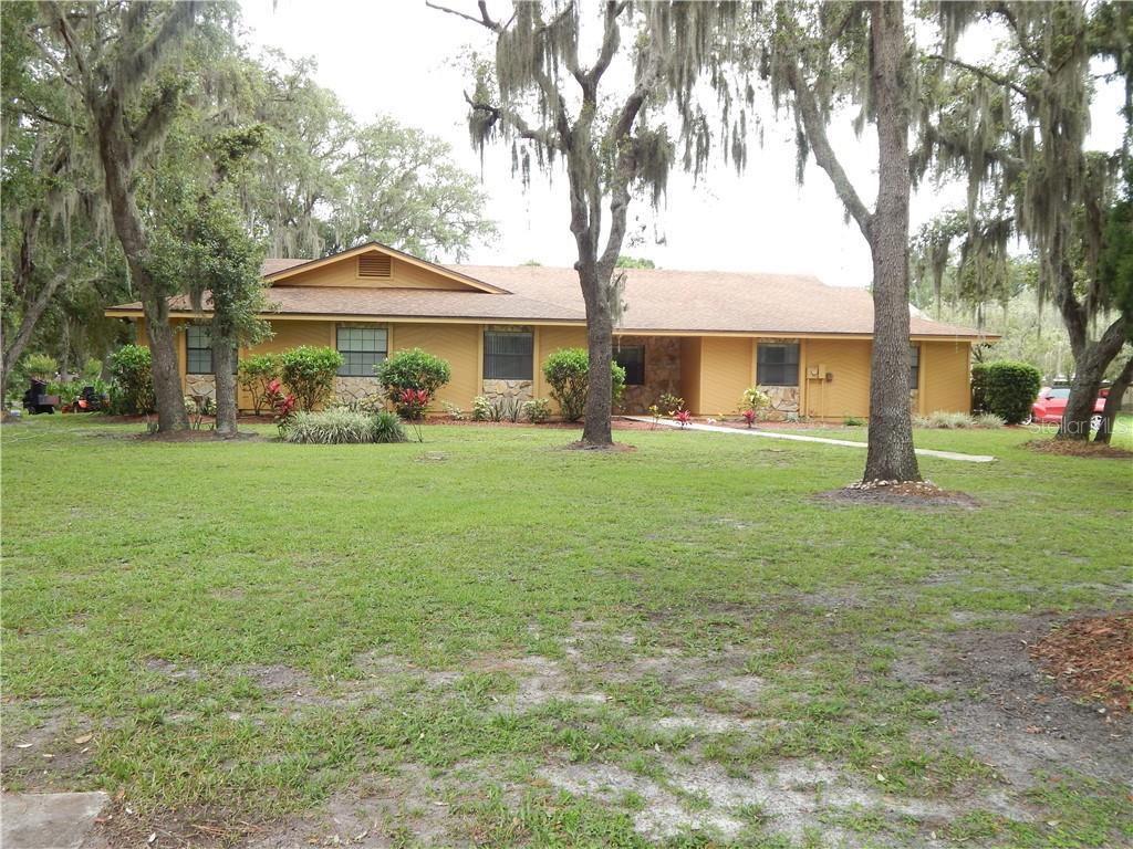 1900 SHADOW OAKS ROAD Property Photo - KISSIMMEE, FL real estate listing