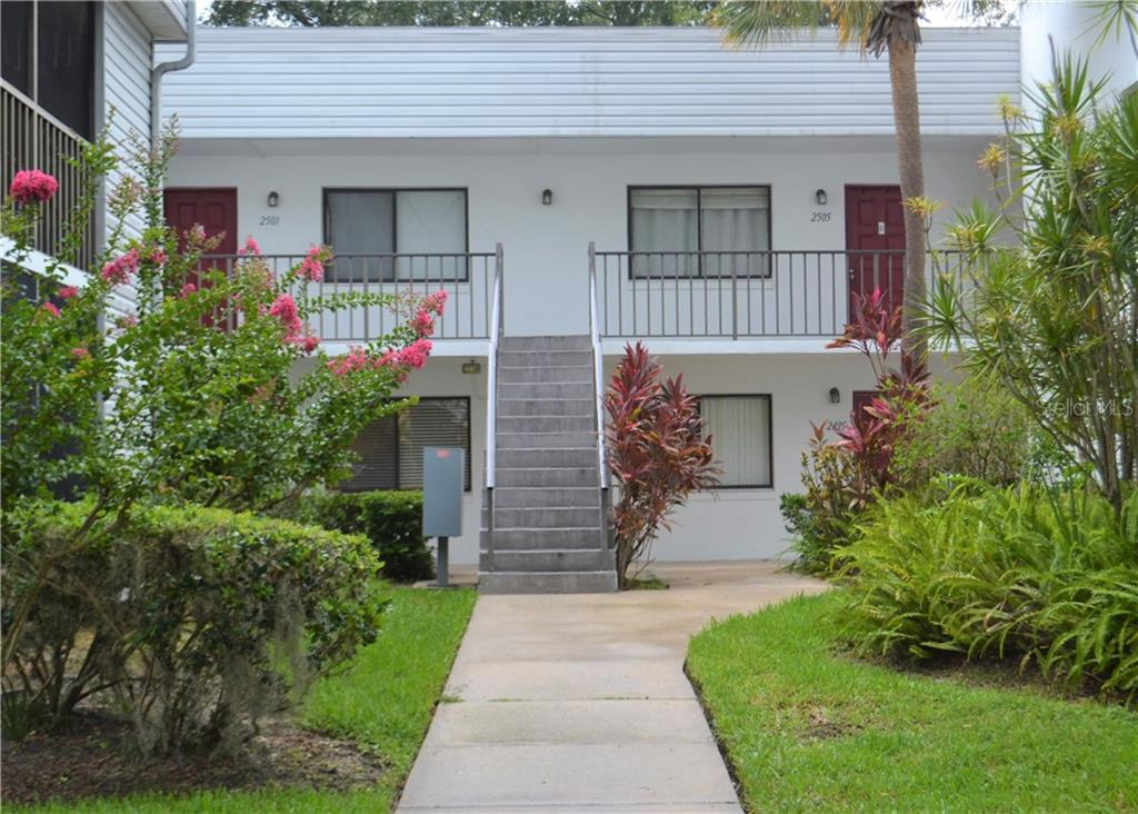 2495 OAK PARK WAY #111 Property Photo - ORLANDO, FL real estate listing
