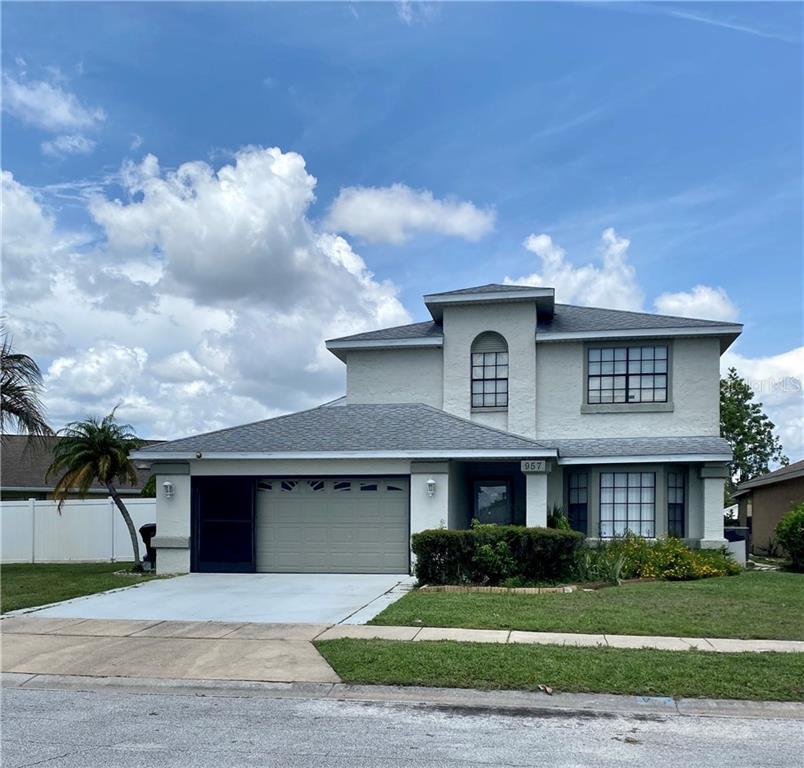 957 WHALEBONE BAY DR Property Photo - KISSIMMEE, FL real estate listing