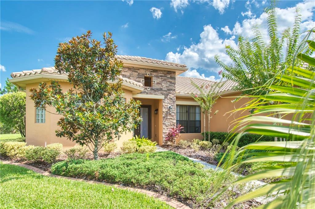 100 BRENTWOOD COURT Property Photo - POINCIANA, FL real estate listing