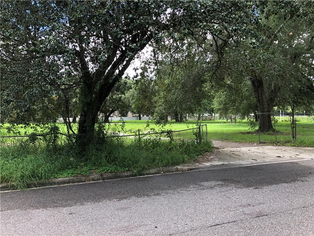 2333 N BEAUMONT AVENUE Property Photo - KISSIMMEE, FL real estate listing