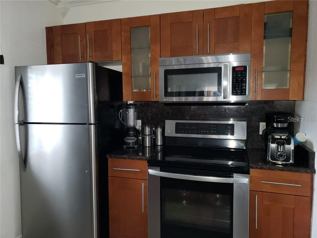 2270 San Vital Drive #102 Property Photo 7