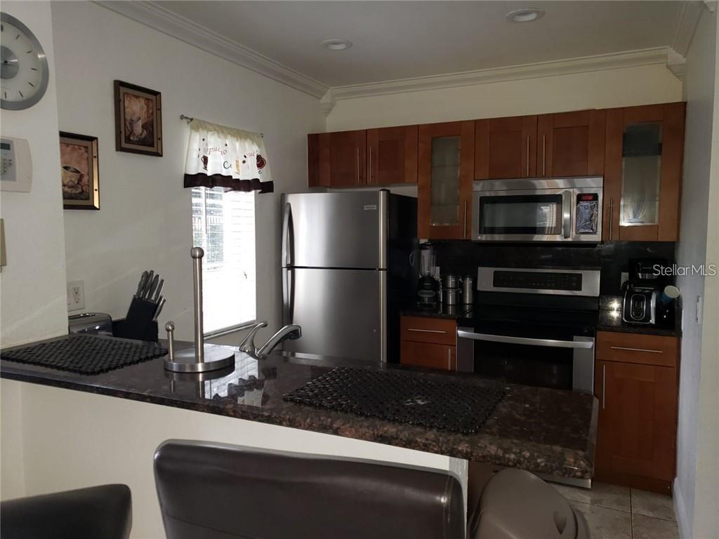 2270 San Vital Drive #102 Property Photo 8