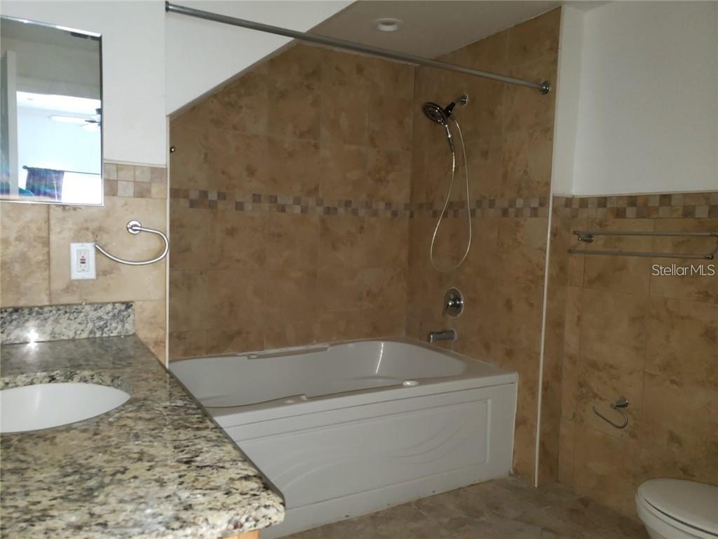 2270 San Vital Drive #102 Property Photo 17
