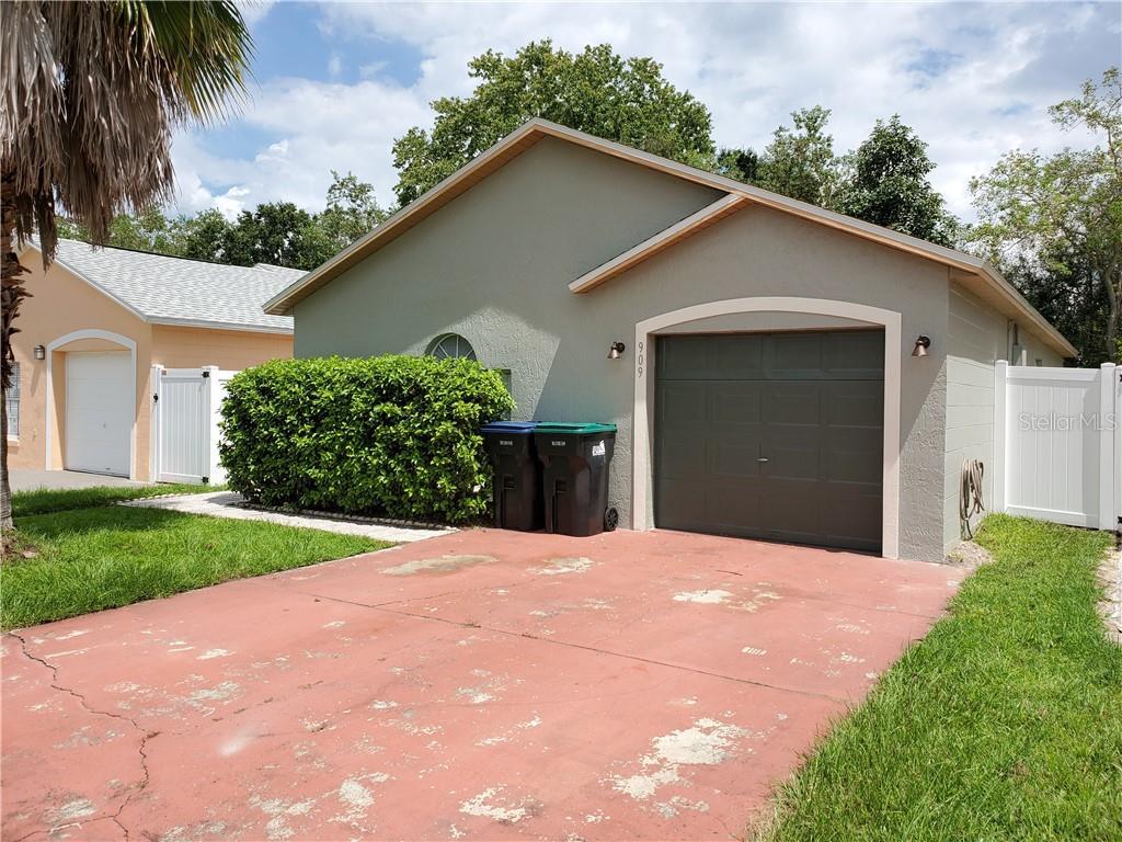 909 VISTA PALMA WAY Property Photo - ORLANDO, FL real estate listing