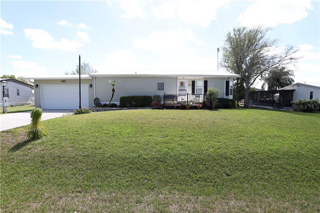550 LAKESIDE BOULEVARD Property Photo - KENANSVILLE, FL real estate listing