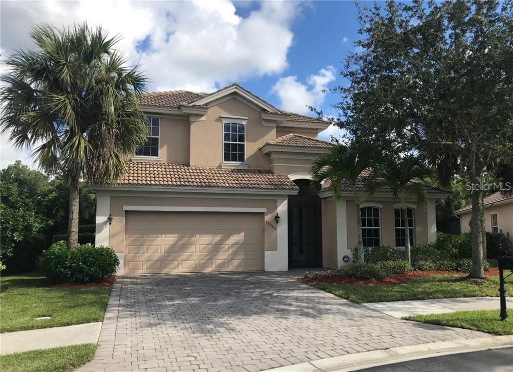 15586 VALLECAS Property Photo - NAPLES, FL real estate listing