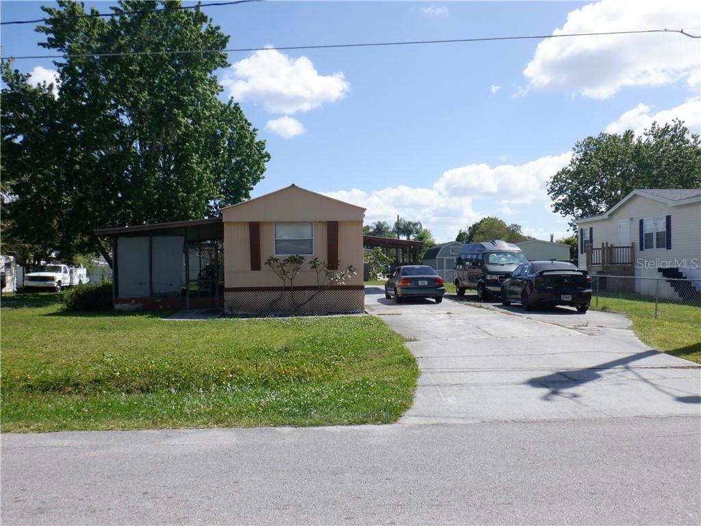 1043 Pineapple Way Property Photo
