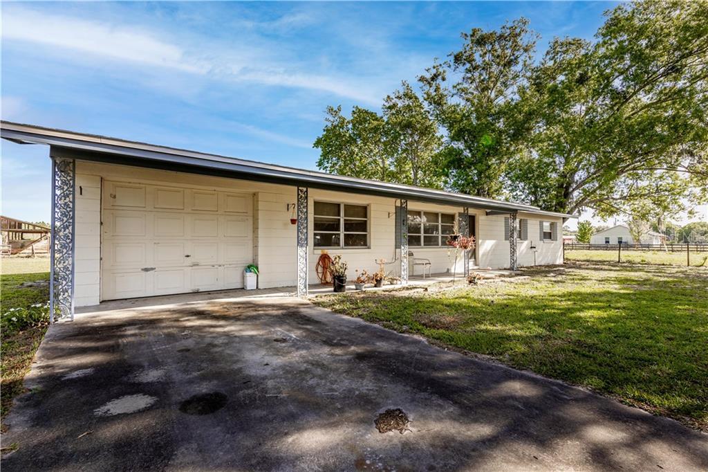5755 Lake Lizzie Drive Property Photo