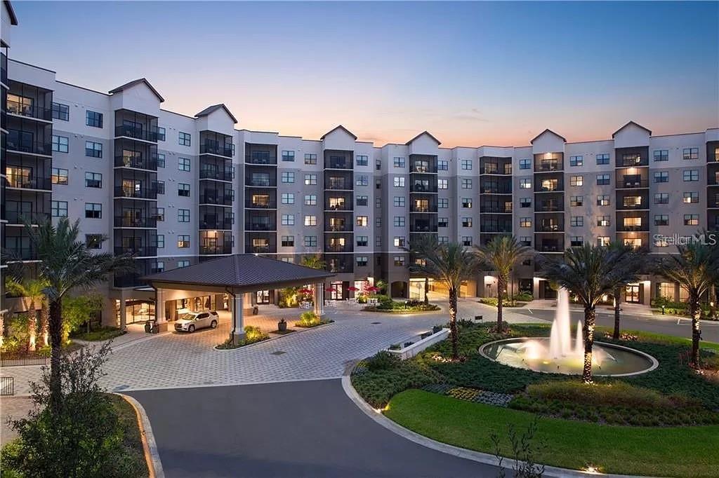 X Grove Resort Avenue #1413 Property Photo 1