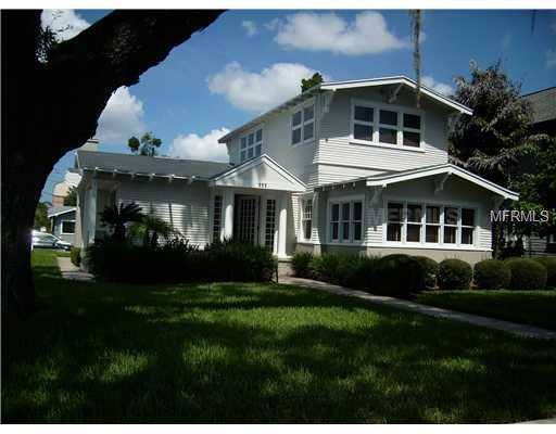 111 S Moody Avenue Property Photo