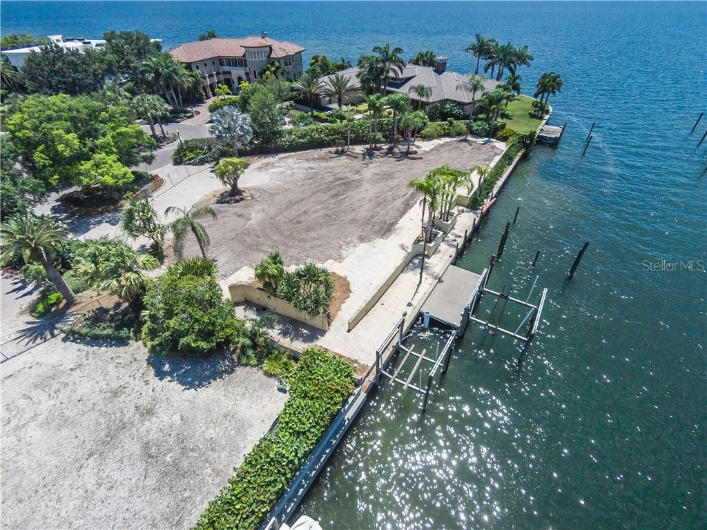 4935 LYFORD CAY RD Property Photo - TAMPA, FL real estate listing