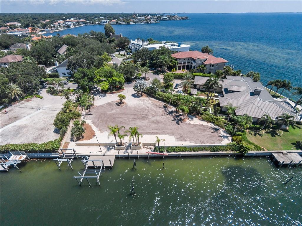 4935 Lyford Cay Road Property Photo