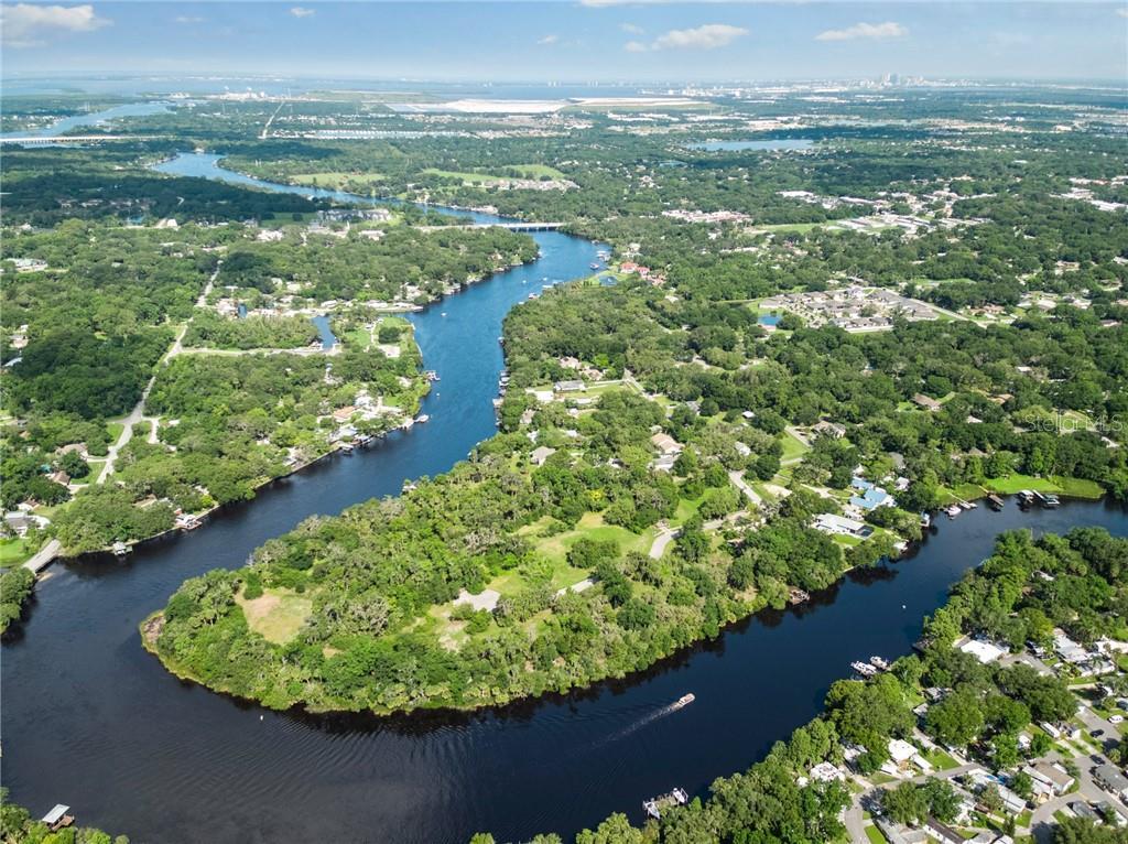 8331 ALAFIA POINTE DRIVE Property Photo - RIVERVIEW, FL real estate listing