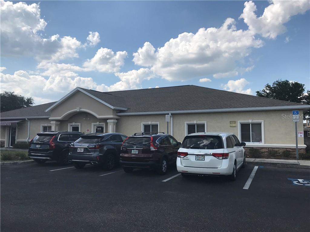 13127 KINGS LAKE DR #102 Property Photo - GIBSONTON, FL real estate listing