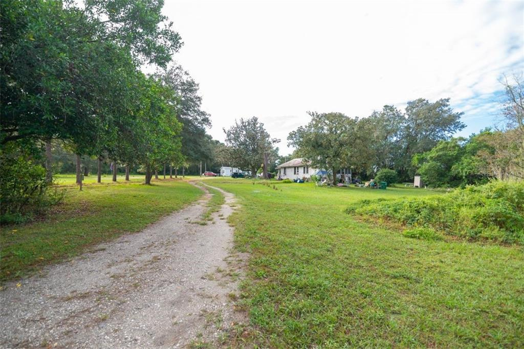 9350 Harney Road Property Photo