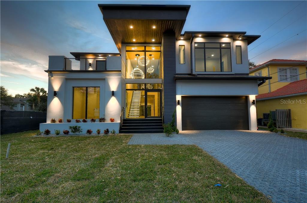 3105 S Schiller Street Property Photo