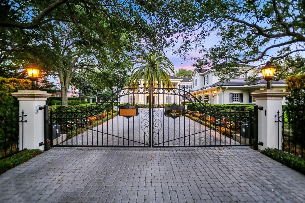 1012 S FRANKLAND RD Property Photo - TAMPA, FL real estate listing