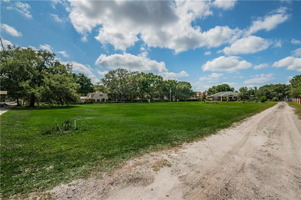 15323 LAKE MAGDALENE BOULEVARD Property Photo - TAMPA, FL real estate listing