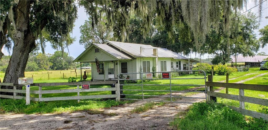 4402 CHARLIE TAYLOR ROAD Property Photo - PLANT CITY, FL real estate listing