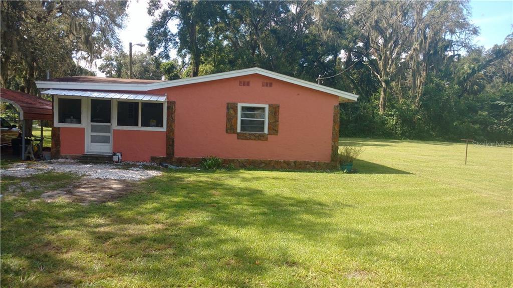 2125 S Oak St Property Photo