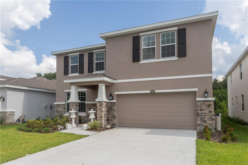12539 CANDLEBERRY CIR Property Photo - TAMPA, FL real estate listing