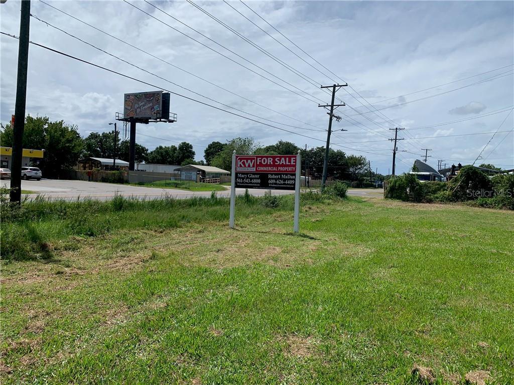 7000 E Broadway Avenue Property Photo