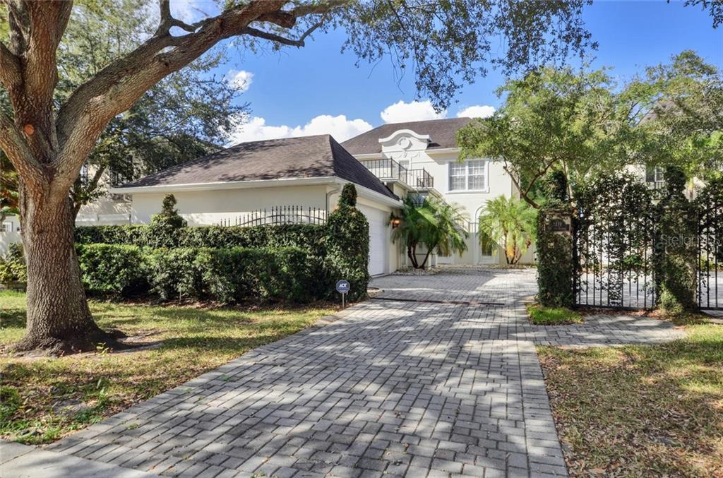 3119 W KNIGHTS AVE Property Photo - TAMPA, FL real estate listing
