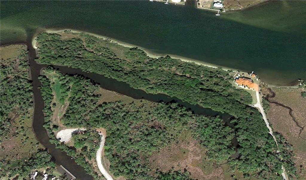 2876 N REGATTA PT Property Photo - CRYSTAL RIVER, FL real estate listing