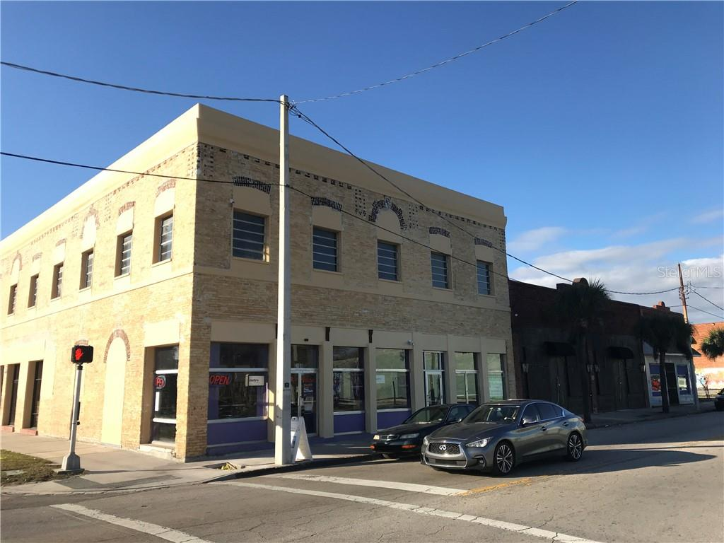 2100 W MAIN ST Property Photo - TAMPA, FL real estate listing