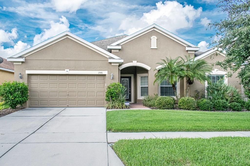 1306 PARKER DEN DR Property Photo - RUSKIN, FL real estate listing