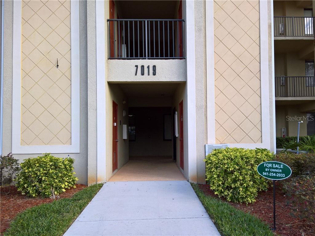 7019 River Hammock Dr #305 Property Photo