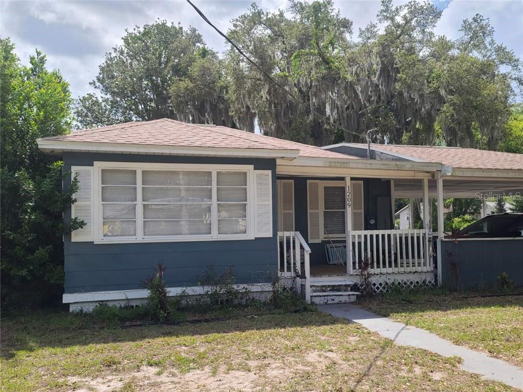 1209 N Barnes St Property Photo