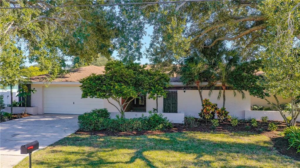 1637 BROOKSIDE BLVD Property Photo - LARGO, FL real estate listing