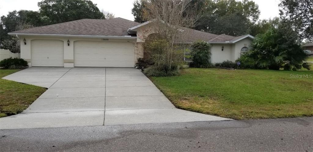 13050 GROVELAND ST Property Photo