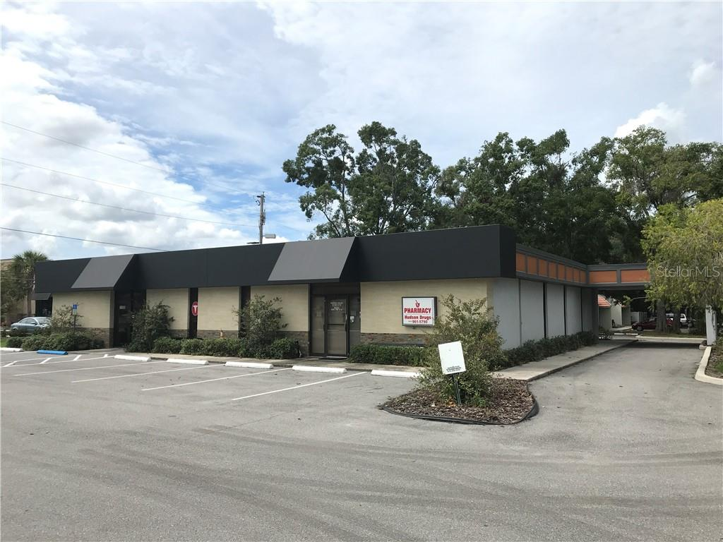 11010 N Dale Mabry Highway Property Photo