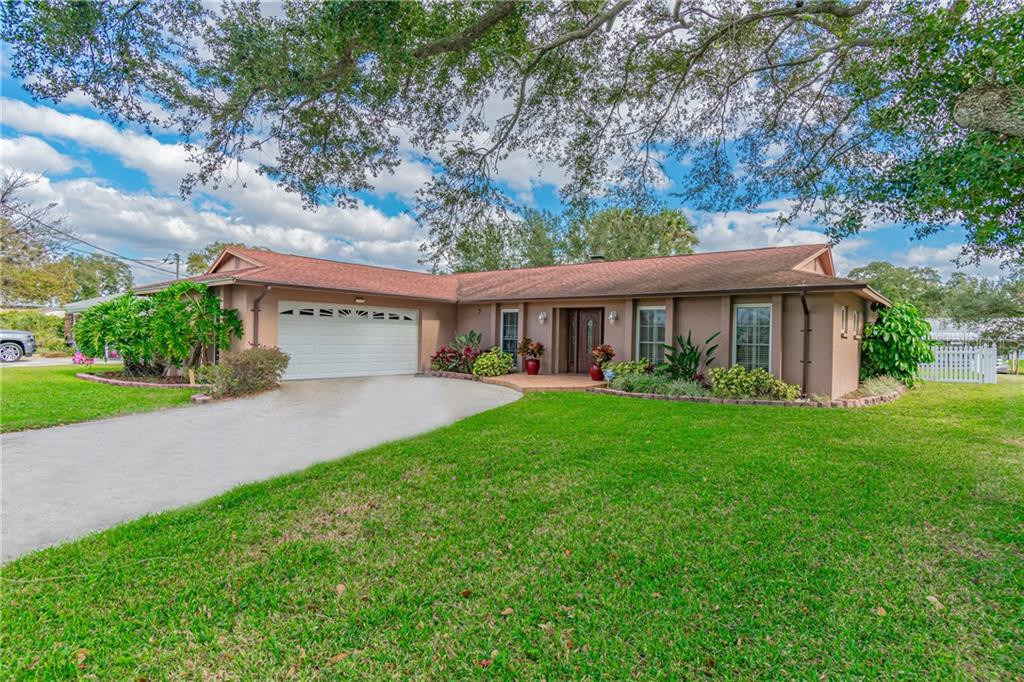 9928 PENINSULAR DR Property Photo - GIBSONTON, FL real estate listing