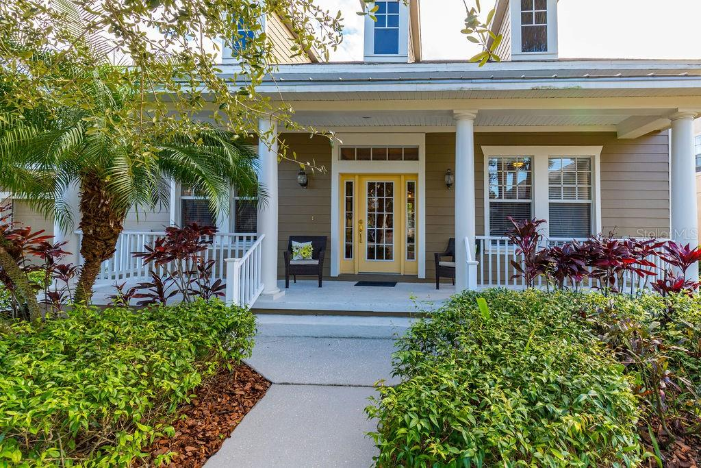 606 ISLEBAY DR Property Photo - APOLLO BEACH, FL real estate listing