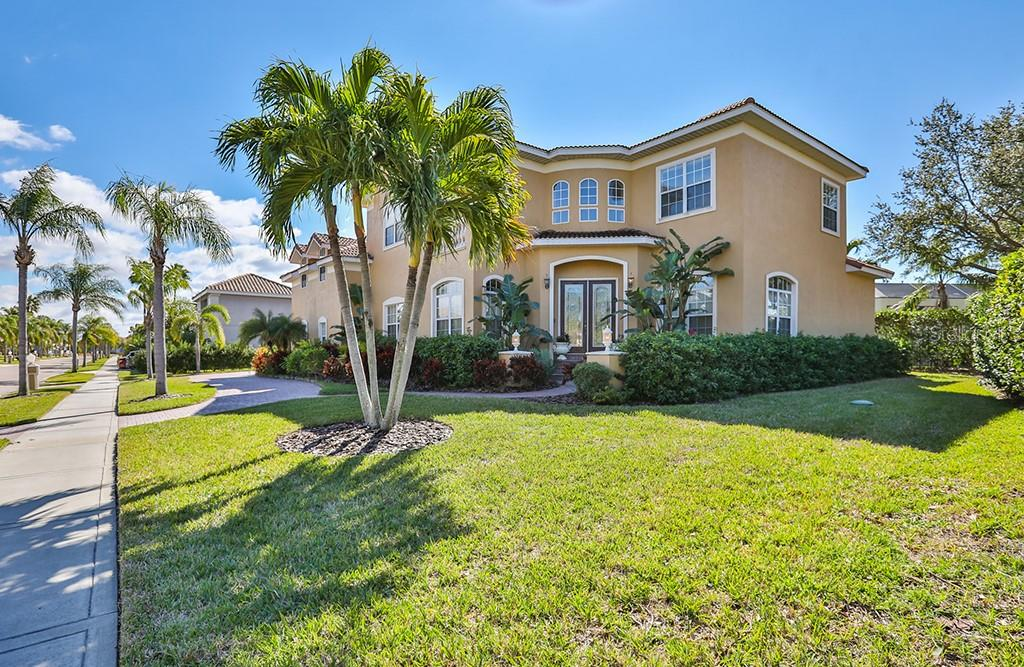 1414 JUMANA LOOP Property Photo - APOLLO BEACH, FL real estate listing