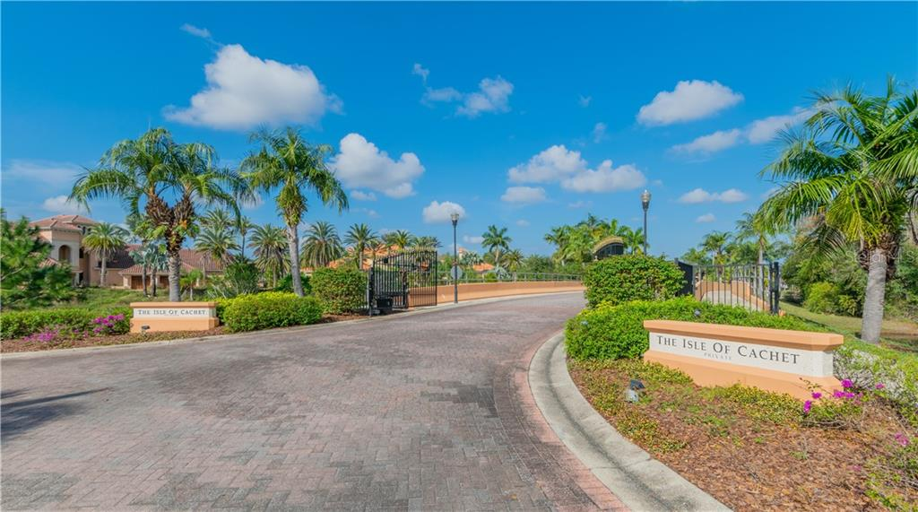 17938 CACHET ISLE DR Property Photo - TAMPA, FL real estate listing