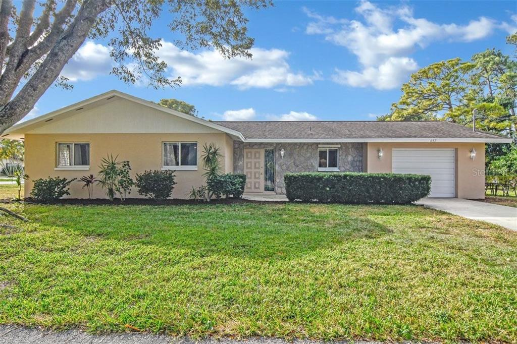 697 109TH AVE Property Photo - NAPLES, FL real estate listing
