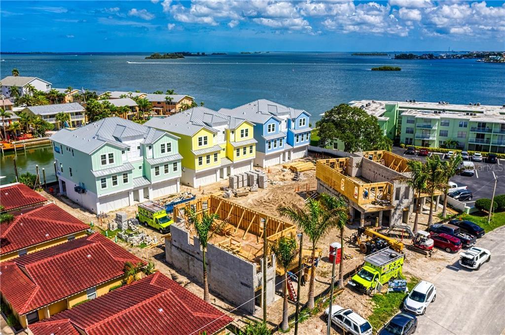 2624 PAULA DR N #2 Property Photo - DUNEDIN, FL real estate listing