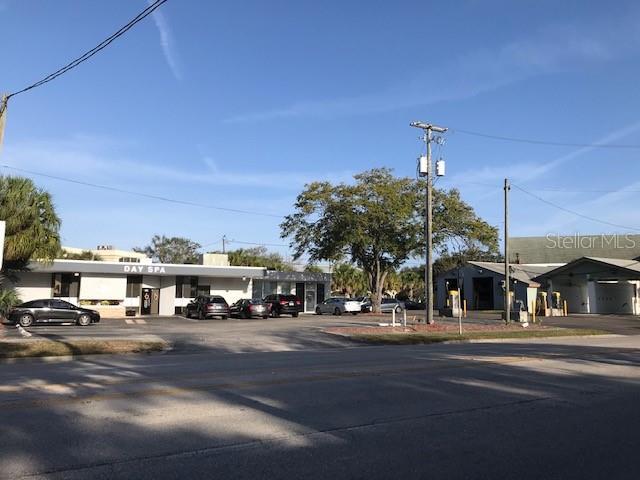 4315 Henderson Boulevard Property Photo
