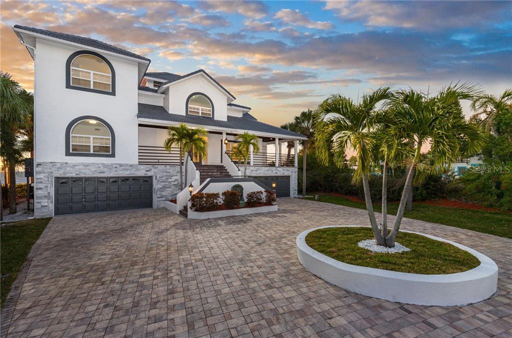 1005 SYMPHONY ISLES BLVD Property Photo - APOLLO BEACH, FL real estate listing