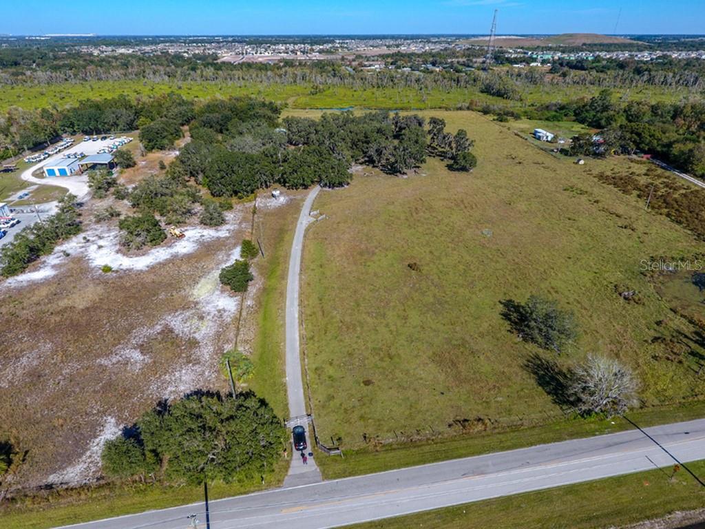 10906 BILL TUCKER ROAD Property Photo - WIMAUMA, FL real estate listing