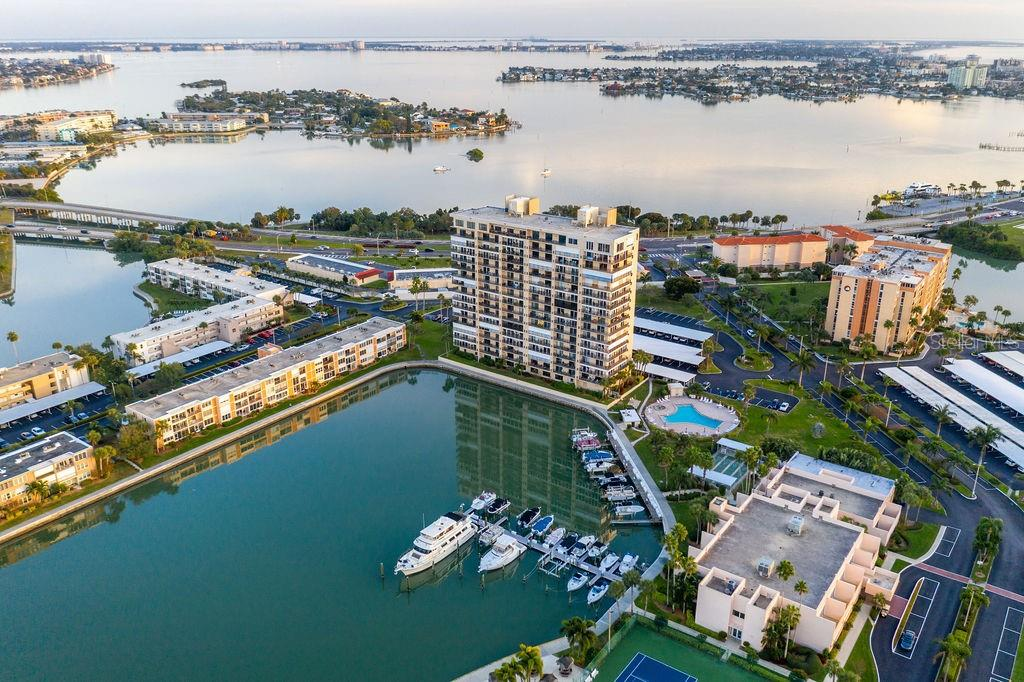 7300 SUN ISLAND DRIVE S #406 Property Photo - SOUTH PASADENA, FL real estate listing