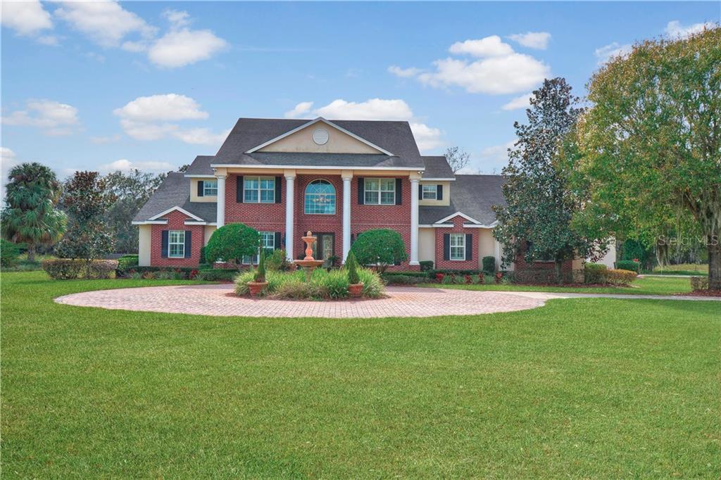 11530 HAMMOCK OAKS COURT Property Photo - LITHIA, FL real estate listing