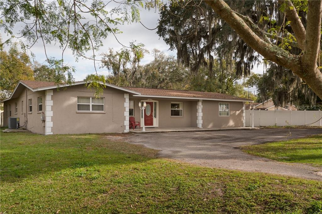 304 4TH ST SE Property Photo - RUSKIN, FL real estate listing